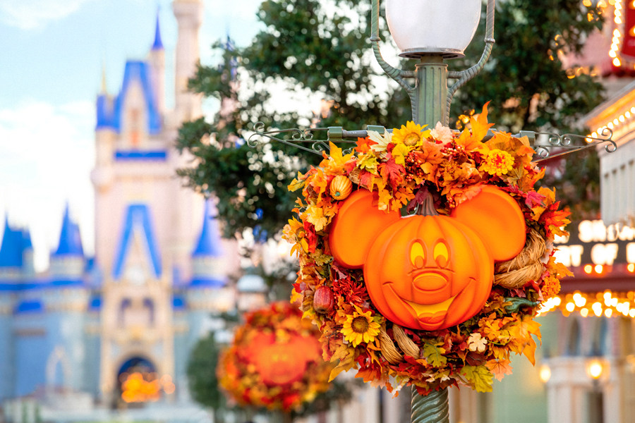 Capture Halloween and Holiday Memories with a Special Memory Maker Offer from Disney PhotoPass Service 15