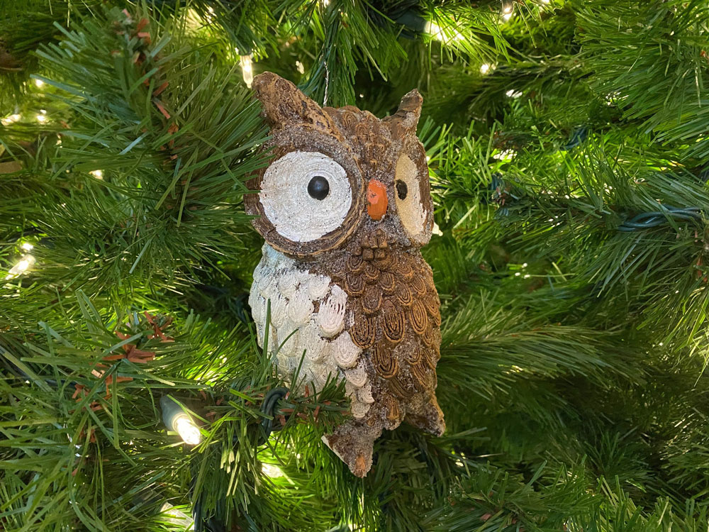 Owl ornament in the lobby of Disney's Wilderness Lodge.